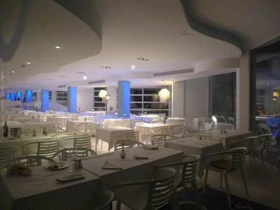 FERGUS Style Cala Blanca Suites: Ресторан