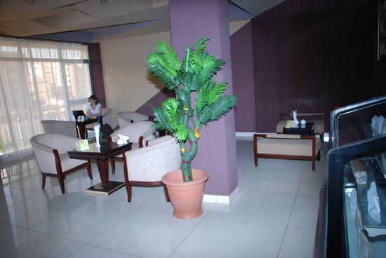 Alwaq Hotel : Cafetria with high speed wi-fi