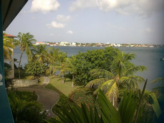 Princess Port de Plaisance Resort and Casino: vue de la terrasse