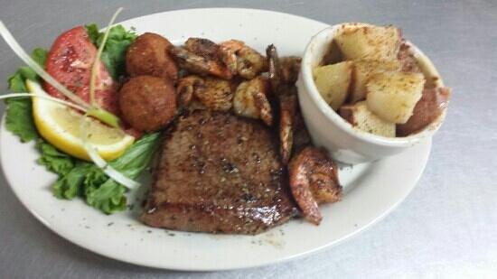 Bubba Jax Crab Shack : Shrimp and Steak Dinner