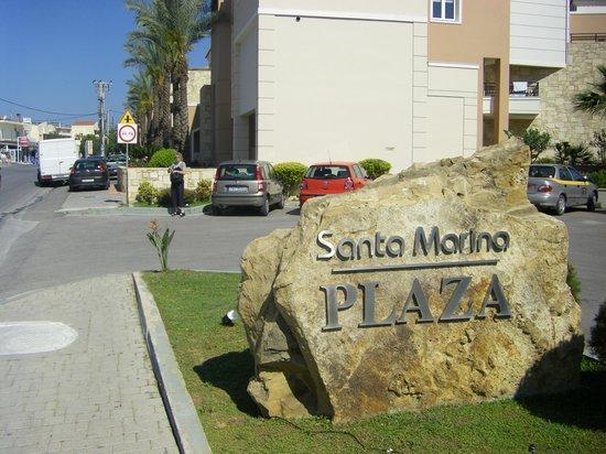 Santa Marina Plaza: Hotellet