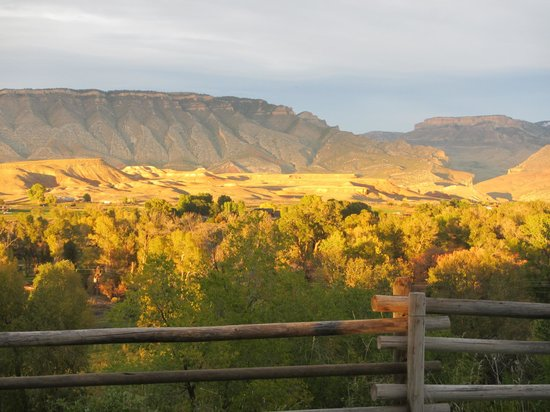 The Hideout Lodge & Guest Ranch: Big Horn Mountains