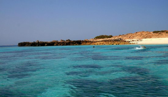 Daymaniyat Islands Nature Reserve: Amazingly clear and calm water