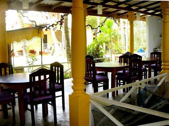Weliwatta: Restaurant