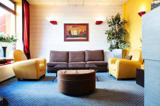 Hotel Carmin : lobby