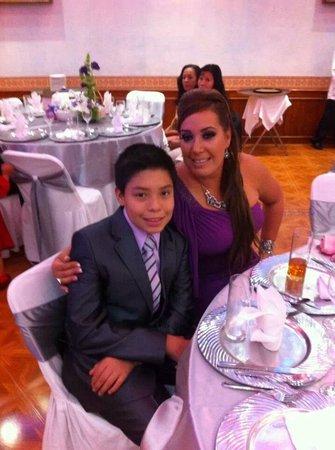 Hotel Portal de Reyes: familia feliz en la boda