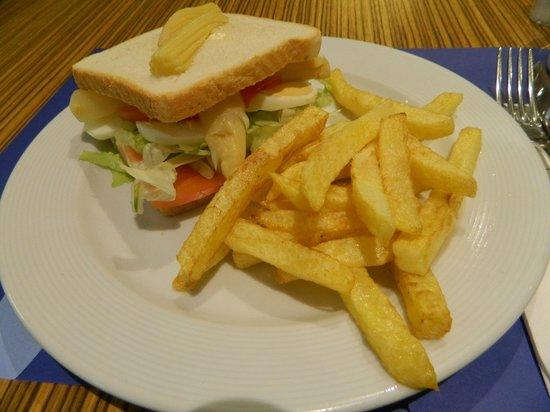 TRYP Valencia Feria: cafeteria meal
