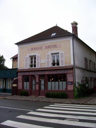 La mairie d 39 auvers picture of maison auberge de van gogh for Auberge ravoux maison van gogh