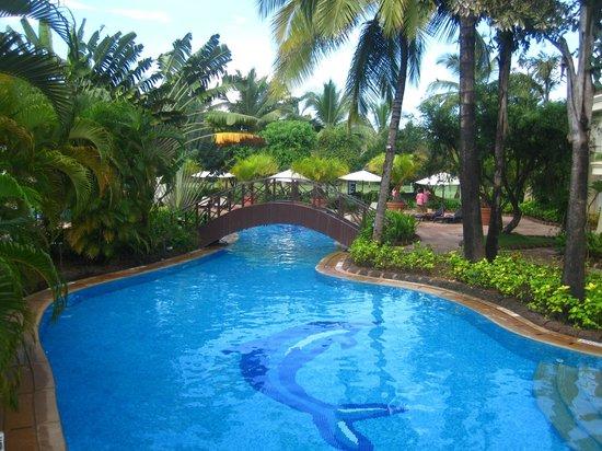 the zuri white sands goa resort & casino