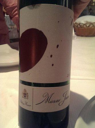 Palme de Beirut: wine