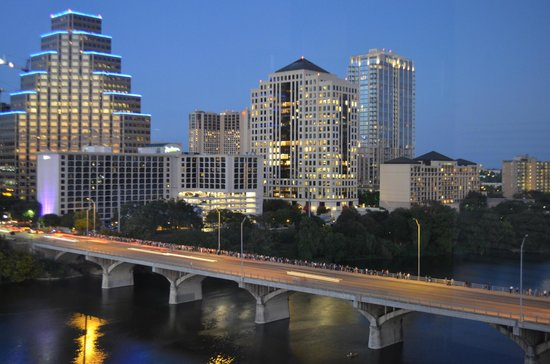 Hyatt Regency Austin: Downtown Austin and the Congress Bridge--people waiting for the bats