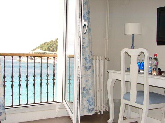 Hotel Niza: View
