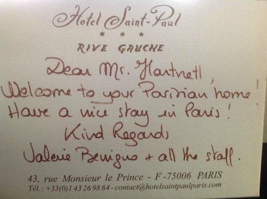 Hotel Saint Paul Rive Gauche: Warm welcome in my room!