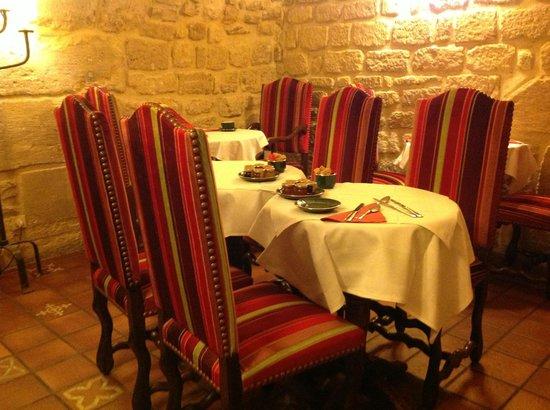Hotel Saint Paul Rive Gauche: Breakfast room - yummy food & relaxing!