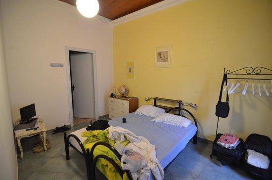 Mini Hotel B&B Spiraglio: la camera, abbastanza spartana