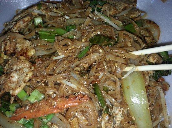 Thai House II: Pad Thai Chicken