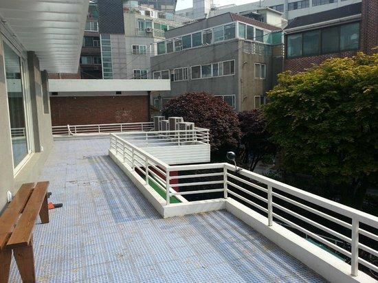 KPOPSTAY: balcony