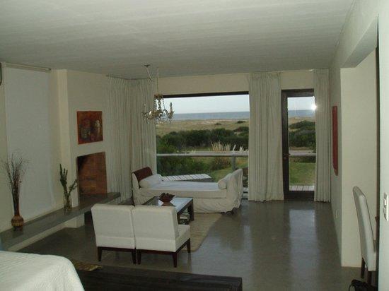 Casa Suaya: Intérieur de la chambre 106, avec vue sur la dune et l'océan