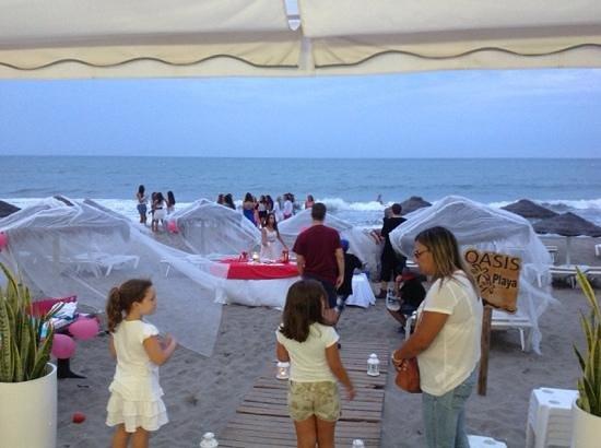 Chiringuito Oasis: Cumpleaños en la Beach