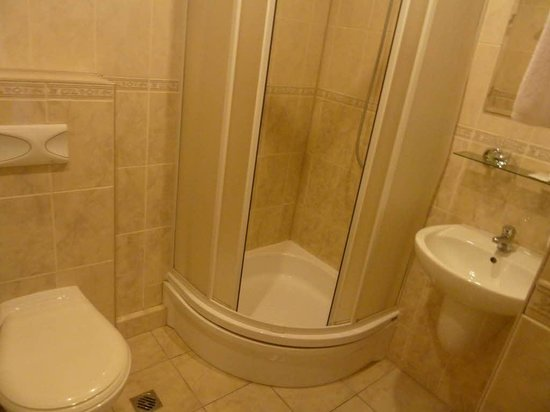 Hotel Orbita: Bathroom