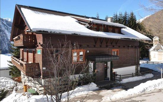 Haus Antonius Lilie in the winter