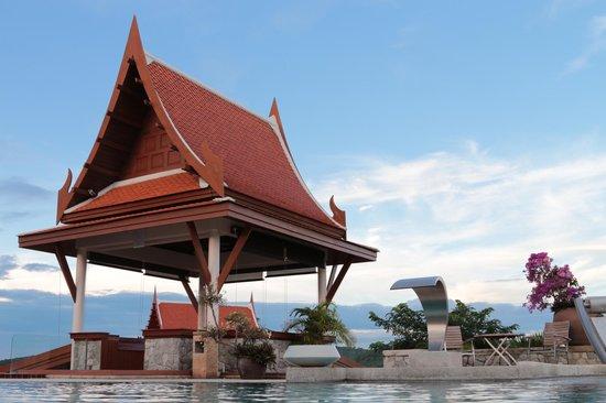 Baan Souchada Resort & Spa: Vernadah at pool