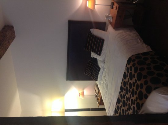 The Dashwood Hotel: Comfy bed!