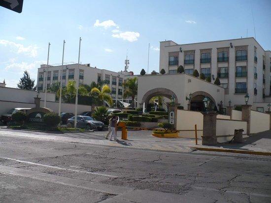 Fiesta Americana Aguascalientes: Entrada del hotel