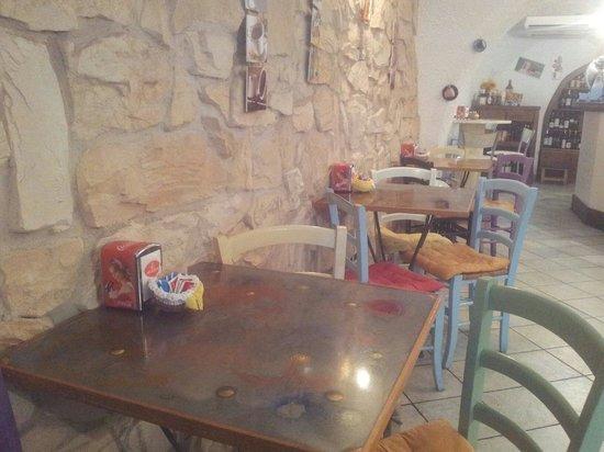L'osteria Del Caffe Di Frasson Viviana Sas : calore, colore, e simpatia....
