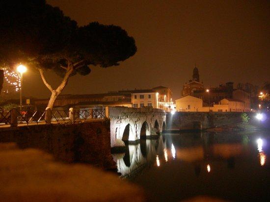 The Tiberius Bridge : Ponte di Tiberio da Piazzale Pedrizzi