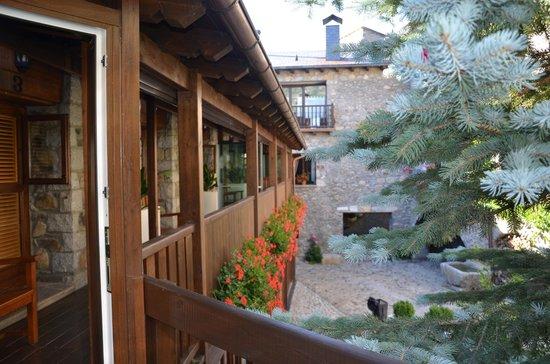 Hotel Casa Cornel: es una casa del siglo XII preciosa en el casco antiguo