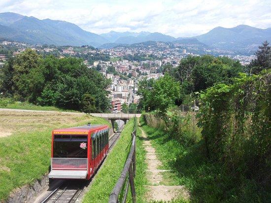 Monte San Salvatore: Wanderung auf den Salvatore