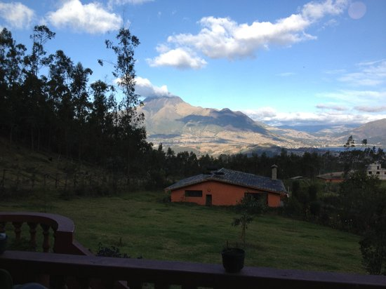Ali Shungu Mountaintop Lodge: The view from our villa!