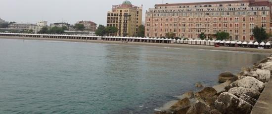Hotel Excelsior: hotel vanaf de pier