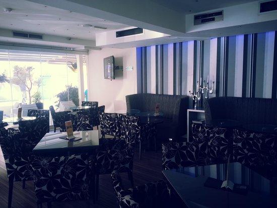Livadhiotis City Hotel : Все тот же бар