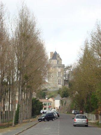 Apremont, France: Chateau tower