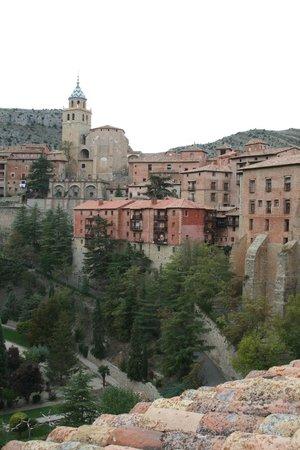 Hotel Albarracin: Vista desde la ventana de la 215