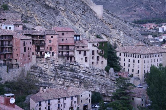 Hotel Albarracin: El Albarracín es el que tiene hiedra