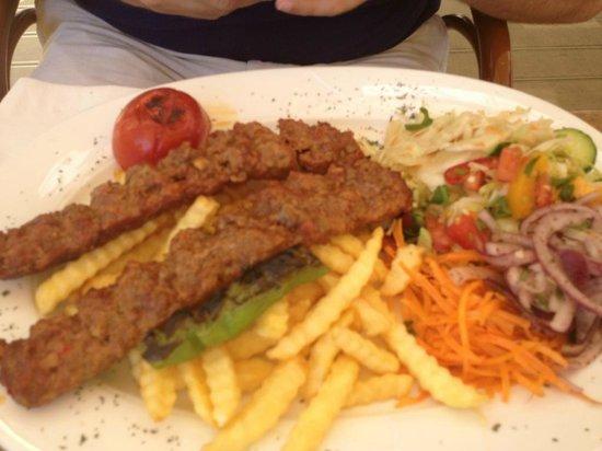 Restaurant Kristall: Adana Kebap Teller, super