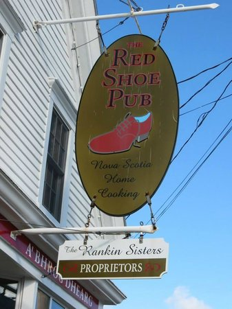 The Red Shoe Pub: Red Shoe Pub