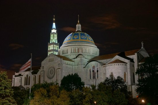 Basilica of the National Shrine of the Immaculate Conception: Another night shot.