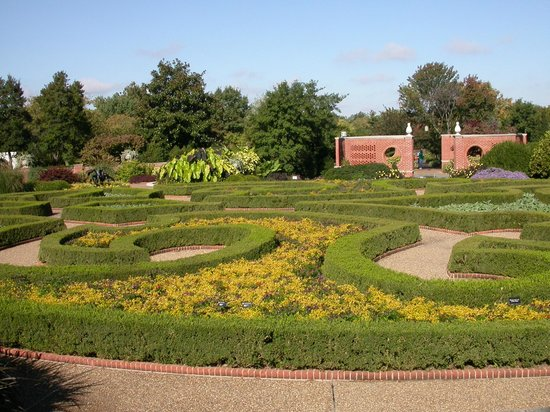 The Formal Hedge Garden Picture Of Missouri Botanical Garden Saint Louis Tripadvisor