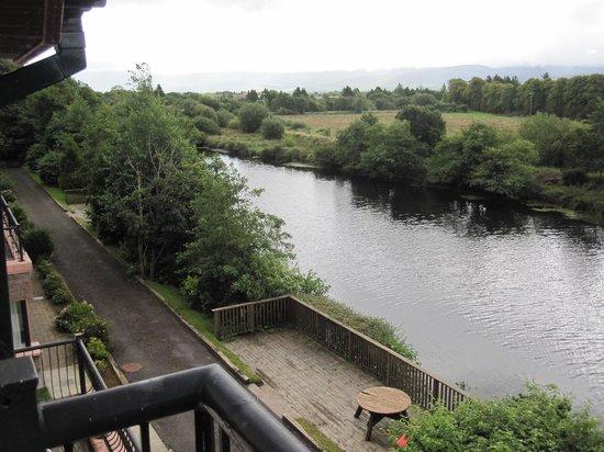 Grove Lodge Riverside Guest House: Balcony