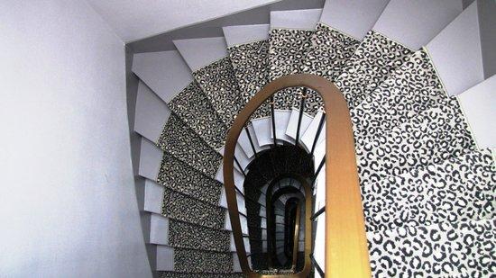 การ์เด้น เซ็นต์มาติน: Stairs