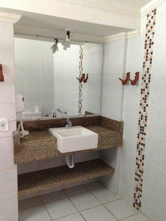 Hotel Pousada Arraial Candeia: Baño