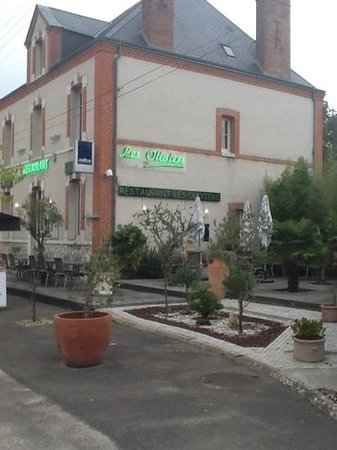 Salbris, France: restaurant les oliviers