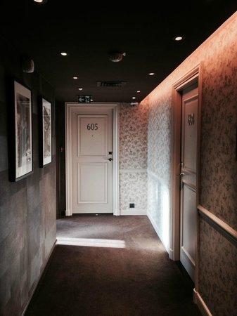 Grand Hotel du Palais Royal: room 605