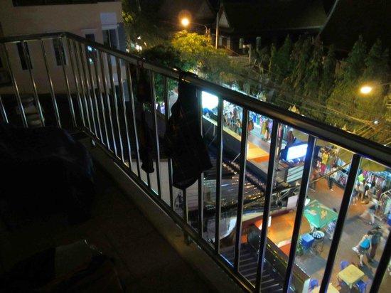 New Siam Guest House III (Super) : Blick vom Balkon