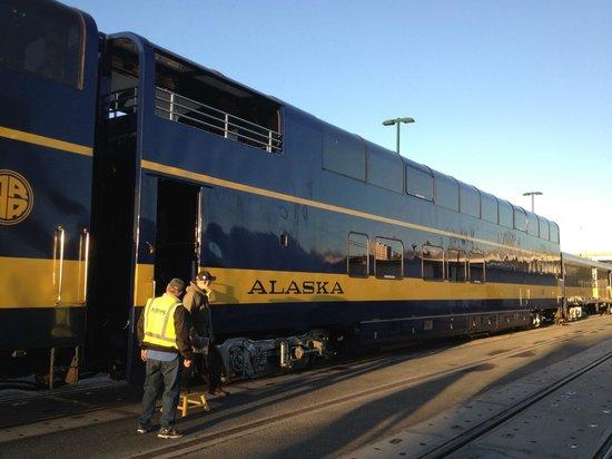 Alaska Railroad: Gold Star car at Anchorage Station