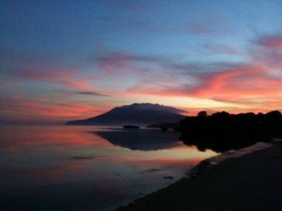 Beach Club Cagpo: Sunset